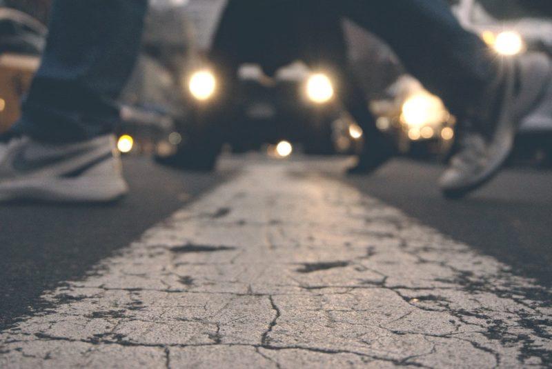 foots-asphalt