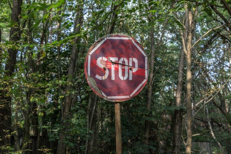 red-and-white-stop-road-signage_