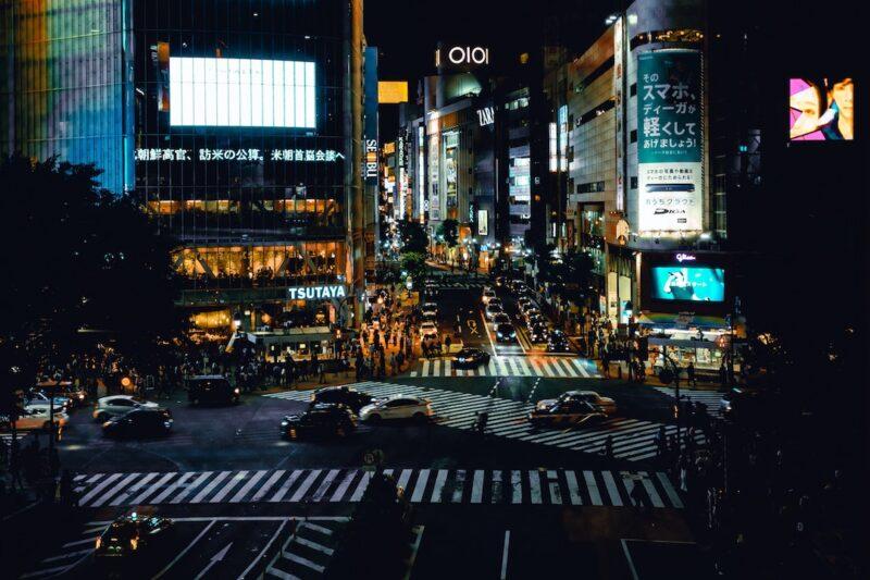 traffic_jam_scenery_during_night_time